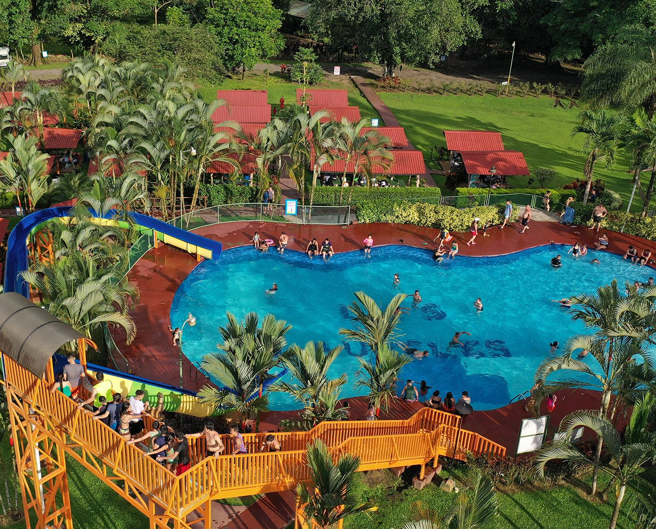 termales laureles piscinas